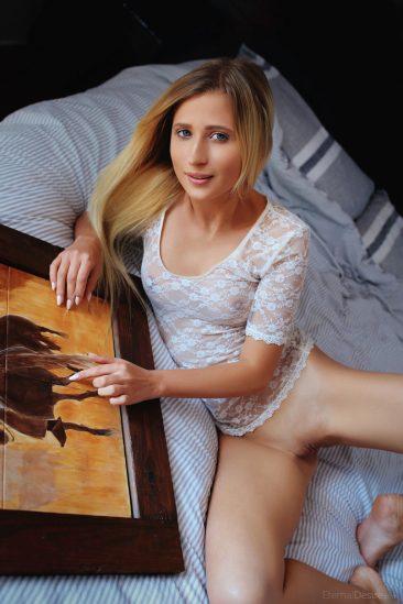 PHOTO   Lisa Dawn 06 366x549 - Lisa Dawn