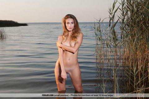 PHOTO   Rena Naked Superbeauty 00 480x320 - Rena Naked Superbeauty
