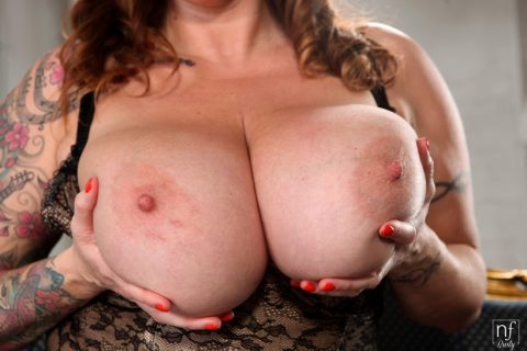 PHOTO | 00 136 480x320 - Laura Orsolya is a busty babe with a set of all natural titties that she loves to show off