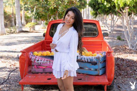 PHOTO | 00 41 480x320 - Viviane Leigh Showing Big Asian Boobs