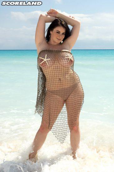 PHOTO   12 35 366x551 - Busty Mermaid