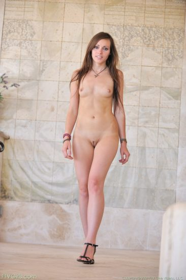 PHOTO | 03 31 366x550 - Sensual Nudes