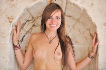 PHOTO | 05 31 366x243 - Sensual Nudes