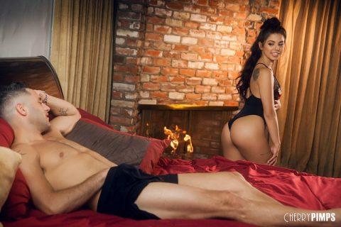 PHOTO   Bedside Seduction 00 480x320 - Bedside Seduction