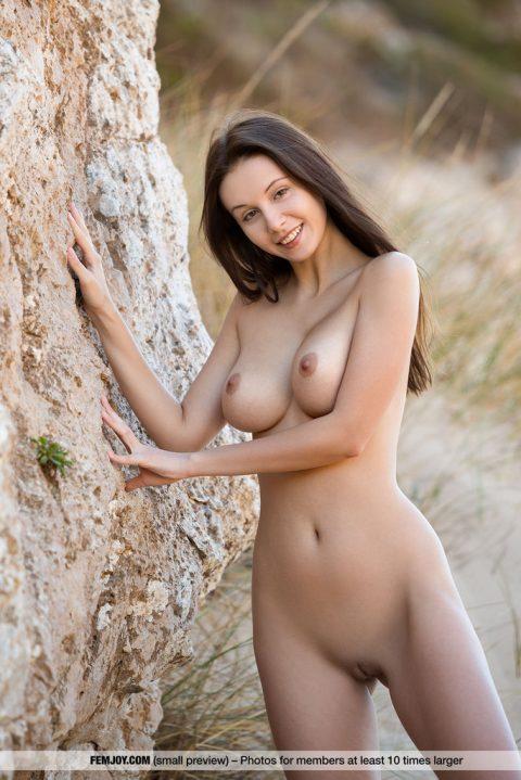 PHOTO   00 129 480x719 - Alisa Perfect Tits