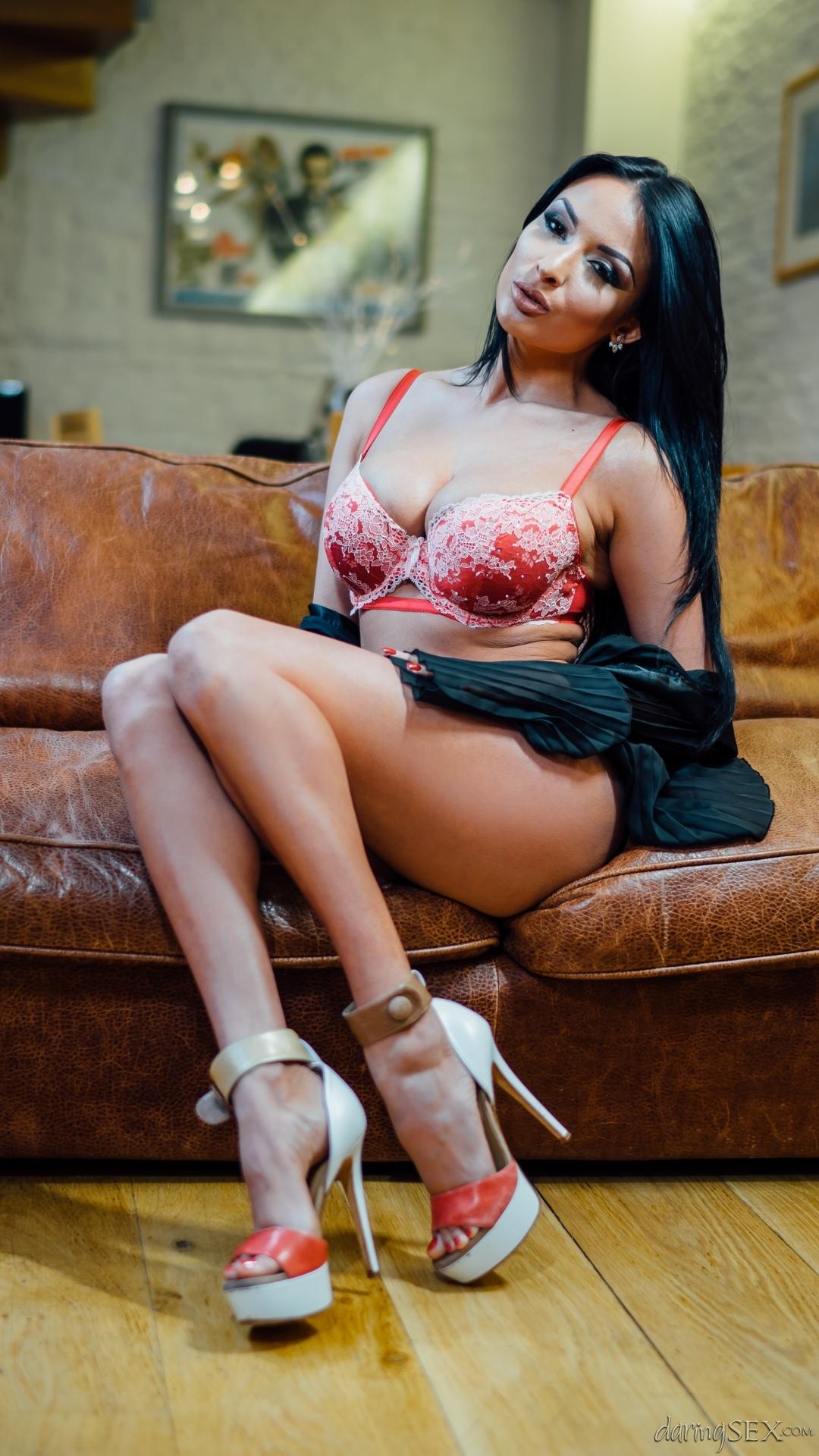 PHOTO | 00 67 - Busty Anissa Kate Riding a Big Dick