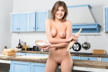 PHOTO   02 72 366x244 - Horny Cooking With Teen Monika