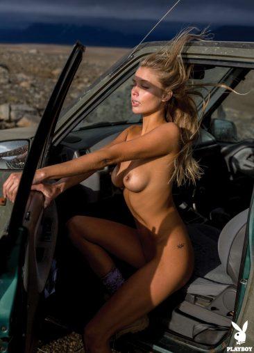 PHOTO   06 61 366x507 - Sensual And Naked Lady Allie Leggett