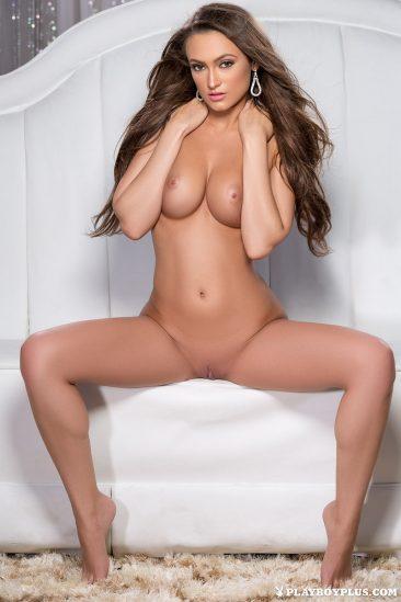 PHOTO   Deanna Greene 02 366x549 - Deanna Greene In Star Quality
