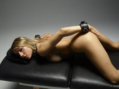 PHOTO | 00 177 480x361 - Nasty Girl Leyla Shows us her Hot Ass