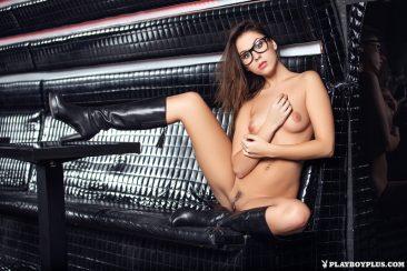 PHOTO | Hot Sabrisse 13 366x244 - Hot Sabrisse