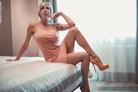 PHOTO | 00 3 480x320 - Busty Tanita in the Pastel Room