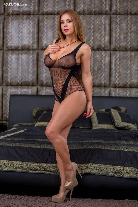 PHOTO   00 45 480x720 - Busty Milf Dorothy Black Toying Pussy