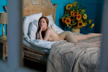 PHOTO   08 38 366x244 - Horny Morning With Sweet Girl