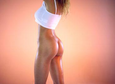 PHOTO   13 31 366x269 - Busty Ebony Tyra - London Calling