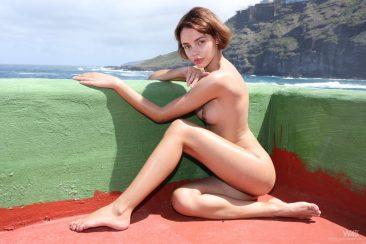 PHOTO   14 80 366x244 - Sexy Ariela In Tight Swim Suit